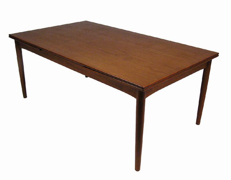 1960s Large Draw-Leaf Teak Dining Table *Denmark*