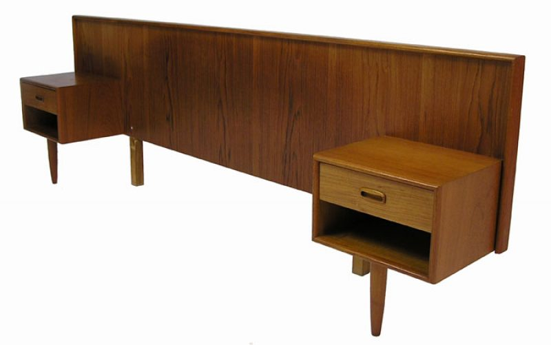 1960/70s Teak Double Headboard w/Night Tables