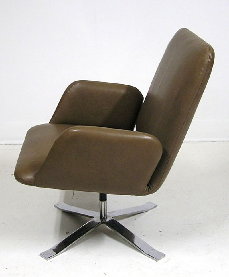 1960s Chrome Amp Leather Swivel Chair Denmark Hoopers Modern