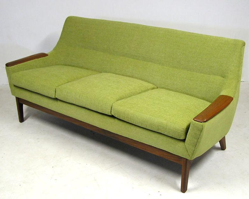 vintage green couch 66 grne sofas in verschiedenen formen. Black Bedroom Furniture Sets. Home Design Ideas