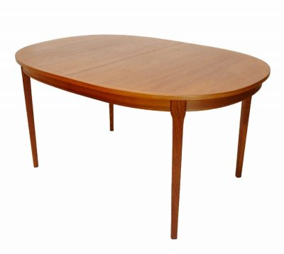1960/70s Oval Teak Dining Table w/Ext. * Denmark *